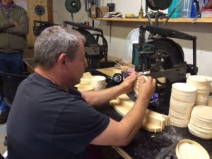 making-vacherin-boxes